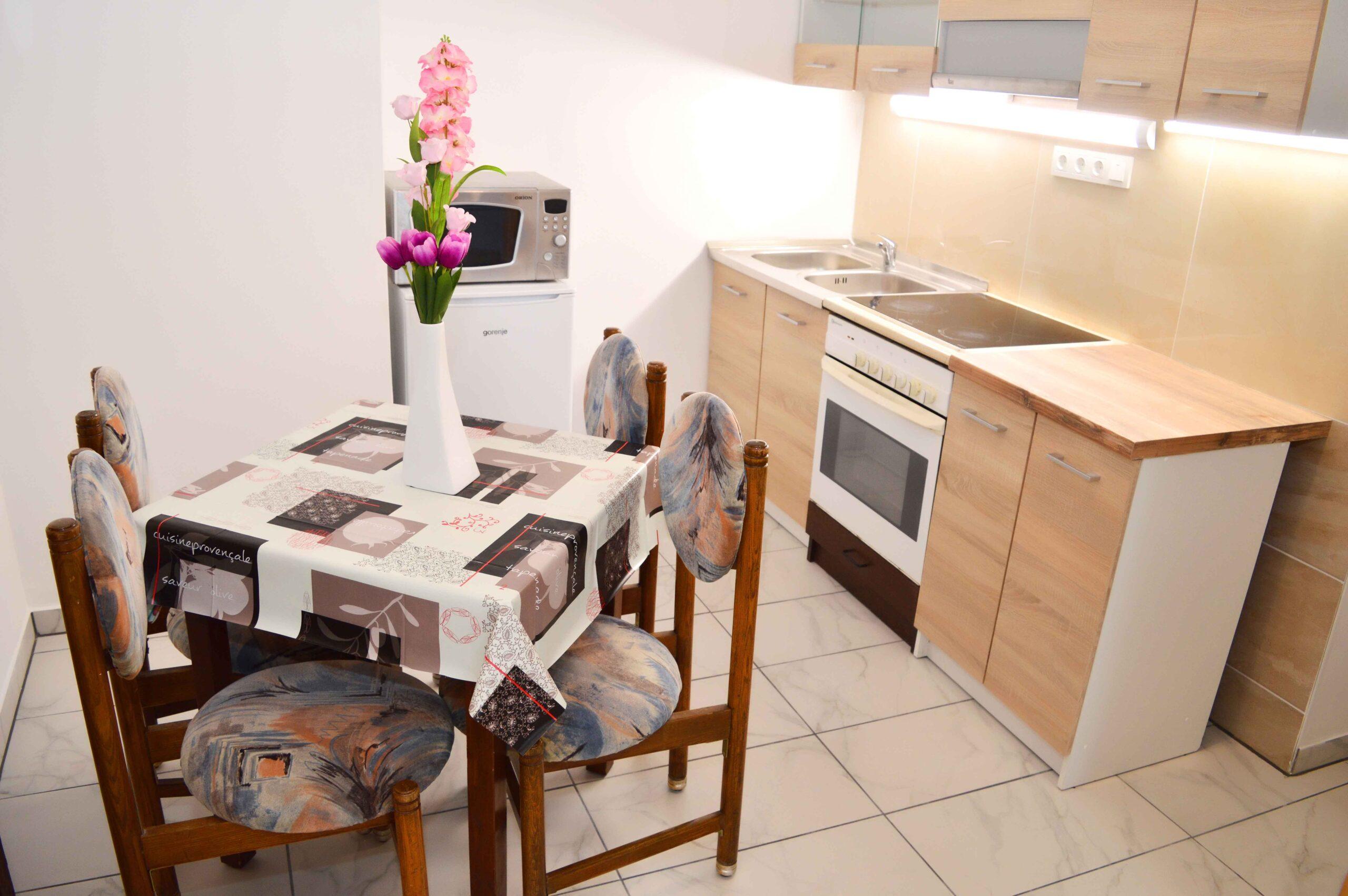 Lorabel Apartmanház Hévíz - Grand family erkélyes apartman - Hévíz szállás - Hévíz apartman 22